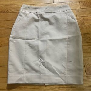 H&M cream pencil skirt in size 2